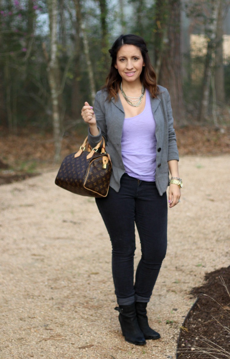 Grey cardigan and skinny jeans