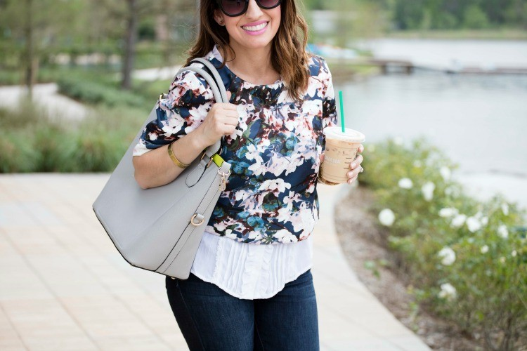 Must have spring bag and the cutest navy floral top