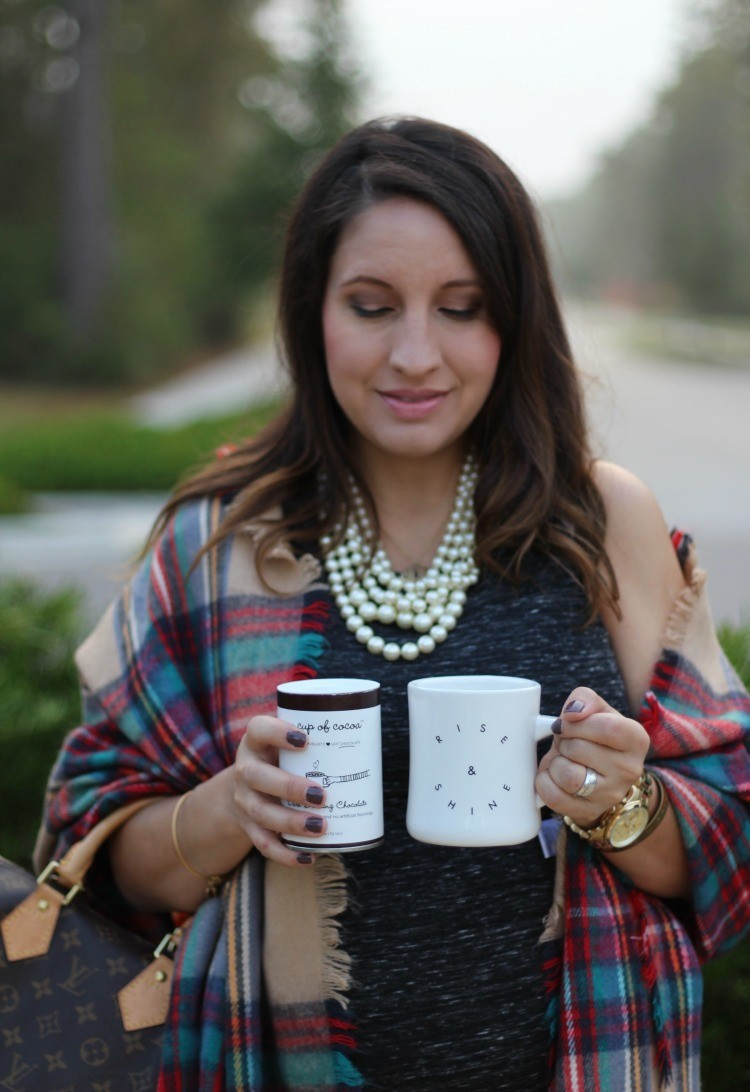 petite-fashion-blog-pretty-in-her-pearls-houston-style-maternity-style-rise-and-shine-diner-mug-my-cup-of-cocoa-2