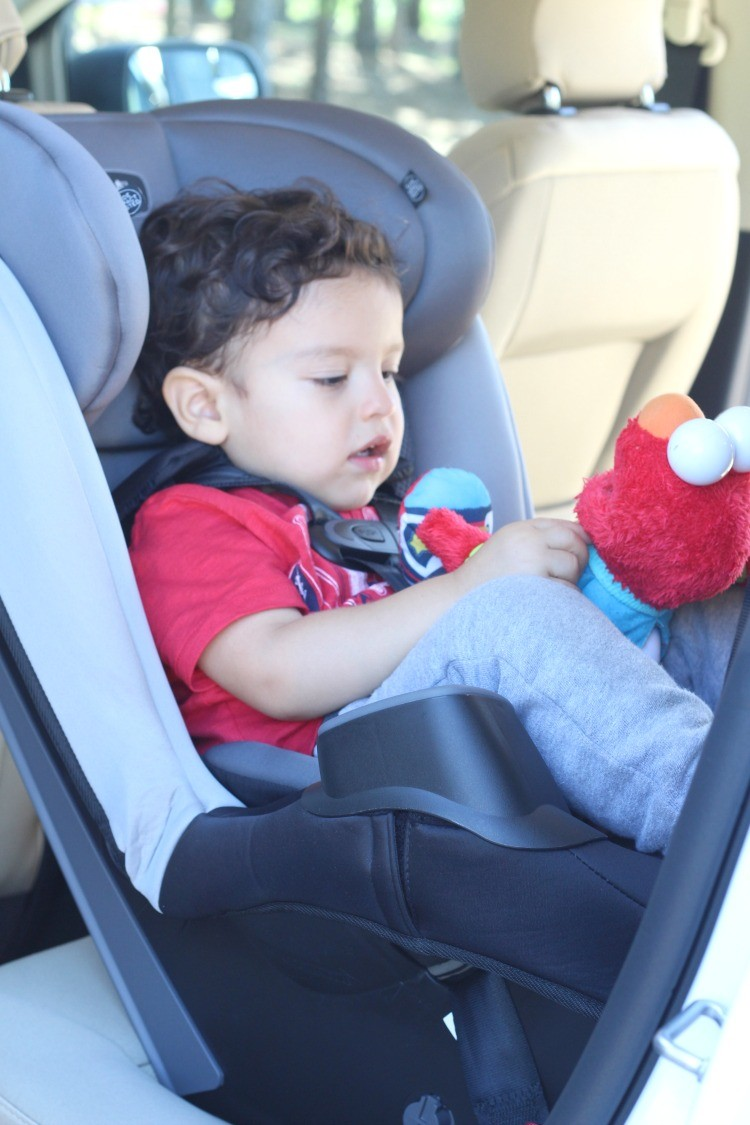 Carseat Meeting At The Park Evenflo Stratos Review Pretty In Her Pearls