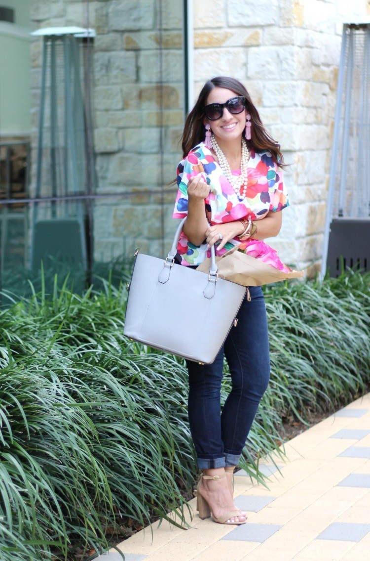 White round neck floral crop top, skinny jeans, and nude heels, Pretty In Her Pearls, Petite Style Blogger