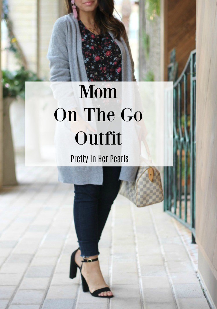 Mom On The Go Outfit, Mom Style, My Mom Style, Pretty In Her Pearls, Houston Blogger, Mom Blogger