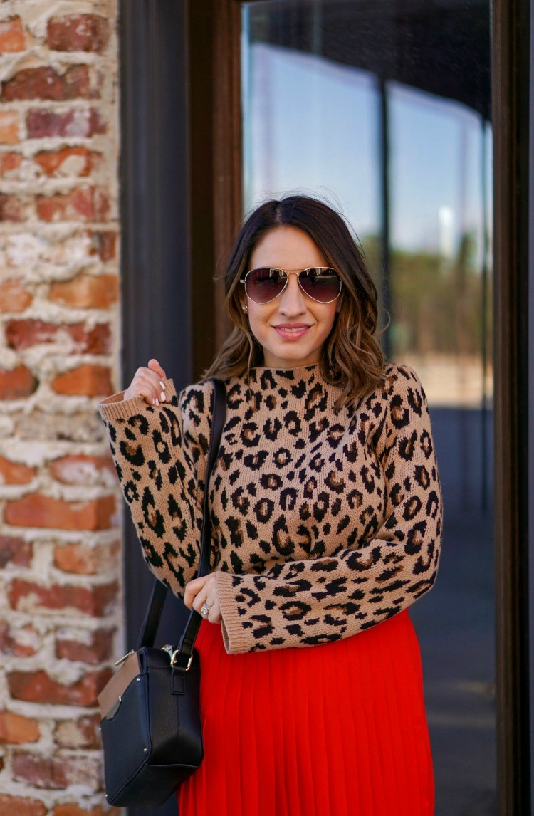 Ann Taylor Aviators and Classic Outfit