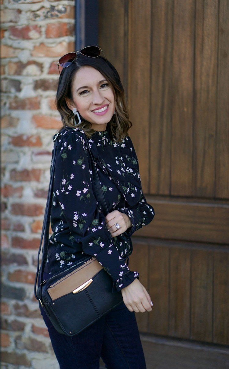 Ann Taylor floral mock neck blouse, skinny jeans and the stylish camera bag you need